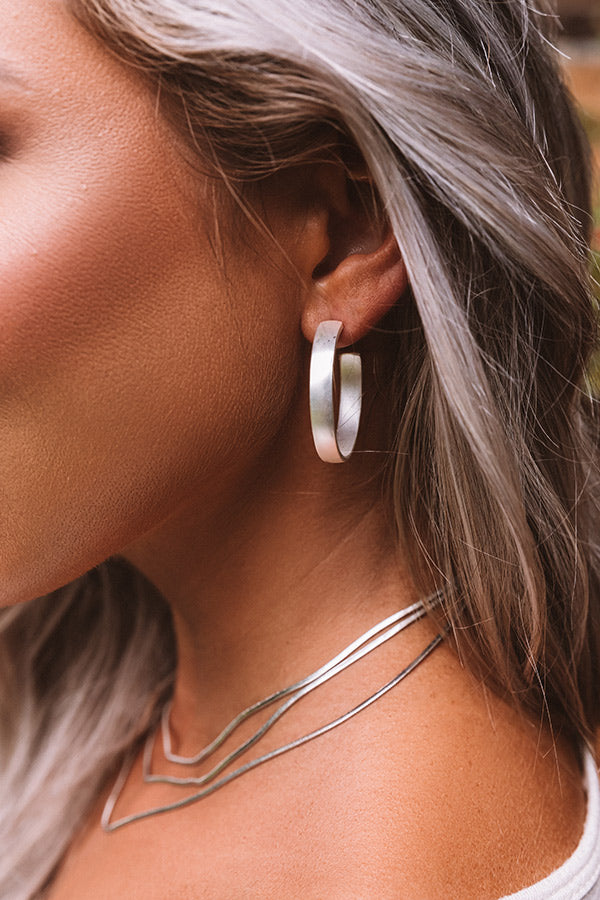Infinite Bound Hoop Earrings In Silver