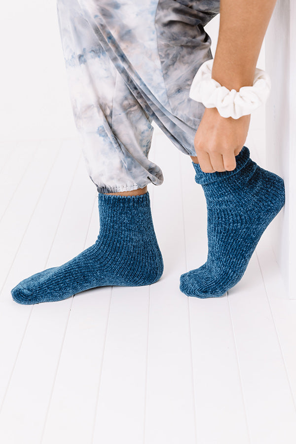 Cozy Factor Chenille Socks In Blue