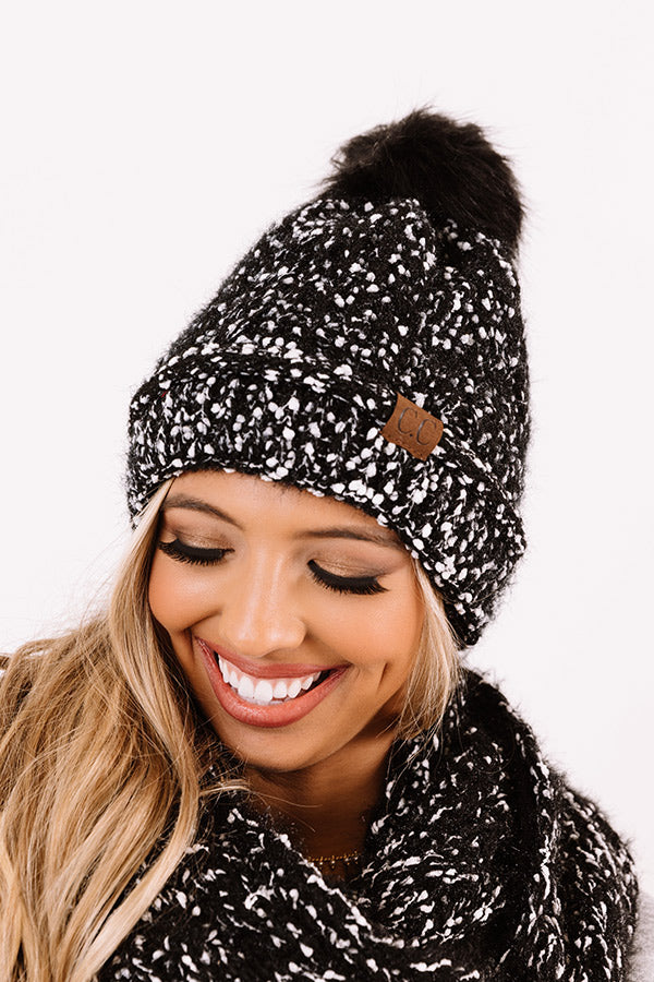 Full Of Warmth Popcorn Knit Beanie in Black