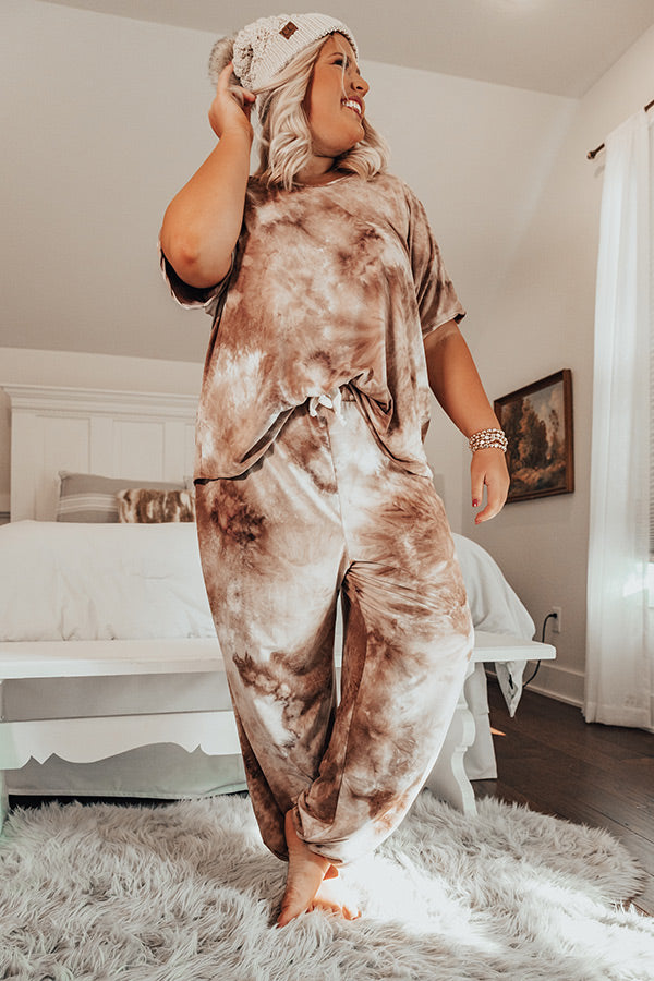 Cozy Mornings Tie Dye Joggers In Mocha