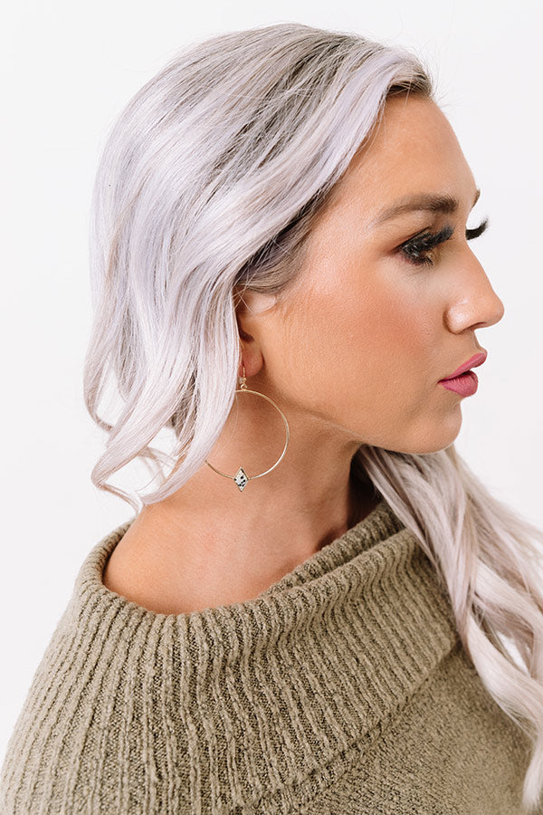 Stylish Collab Semi Precious Earrings In Cream