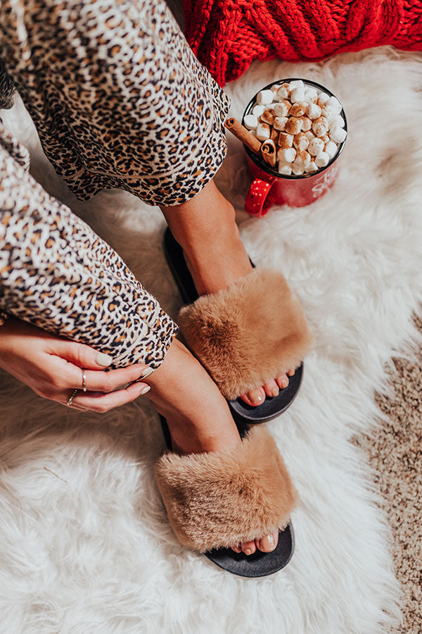 The Lila Plush Slipper In Iced Latte