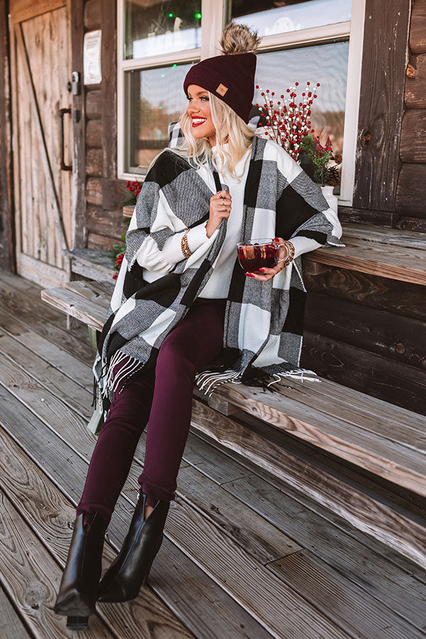 Caramel Kisses Buffalo Check Poncho In White