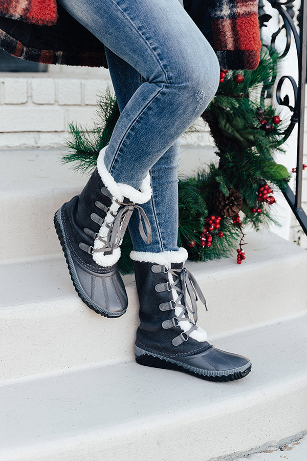 The Ula Flannel Lined Boot In Charcoal