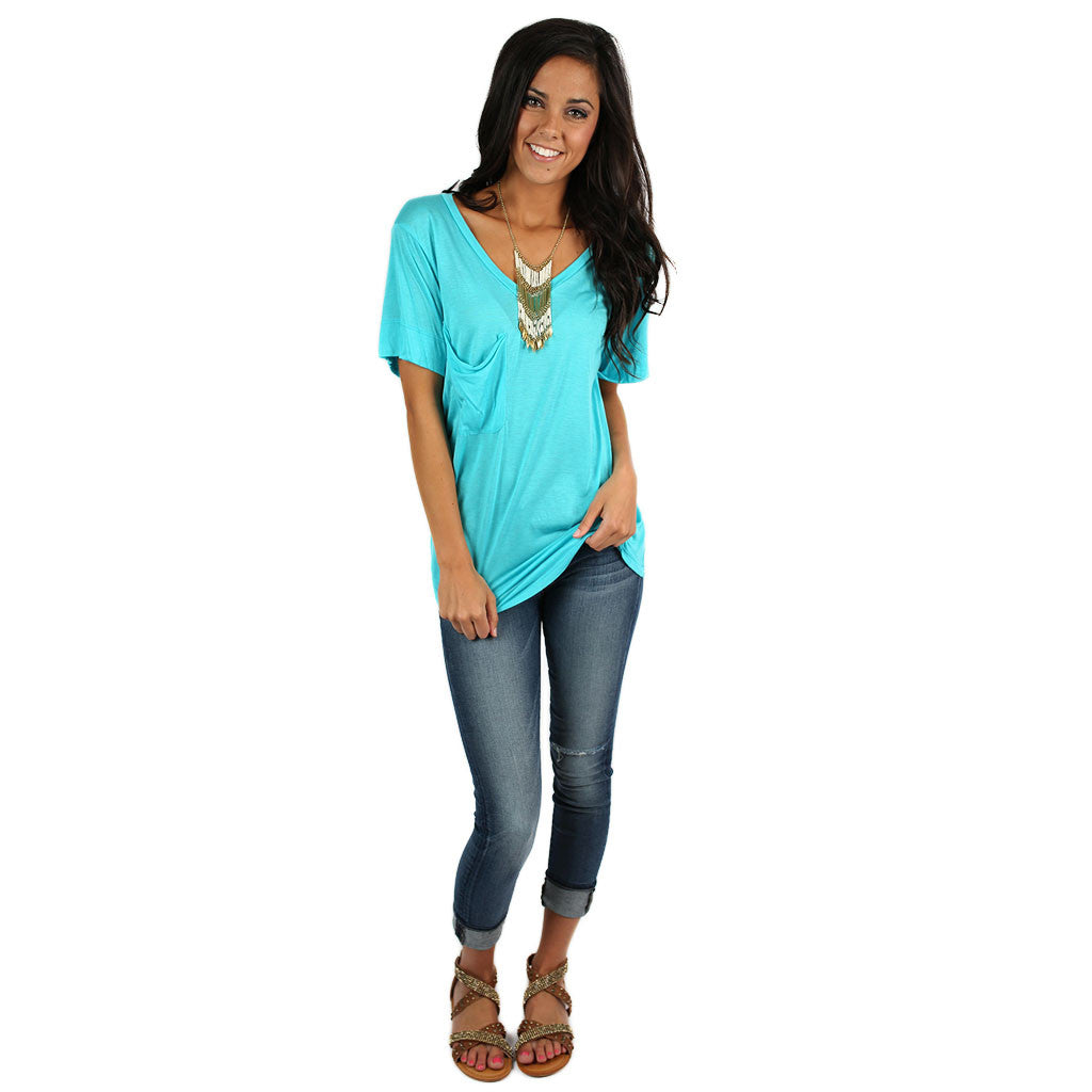 Fit Me Perfect V-Tee in Turquoise