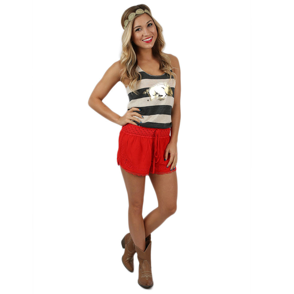 Tailgating Pretty Shorts Red