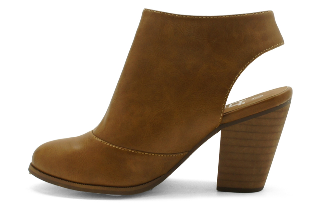 Girl's Getaway Bootie in Tan