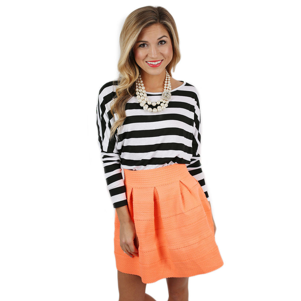 Chic Stripes Tee In Black