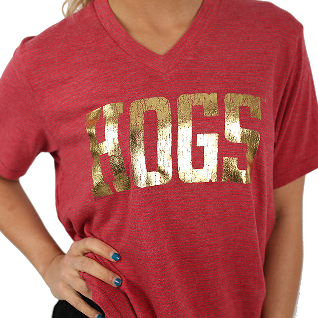 Boss V-Neck with Distressed Hogs Red