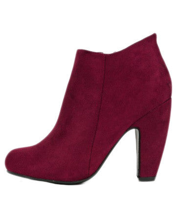 The Fashion Report Bootie in Maroon