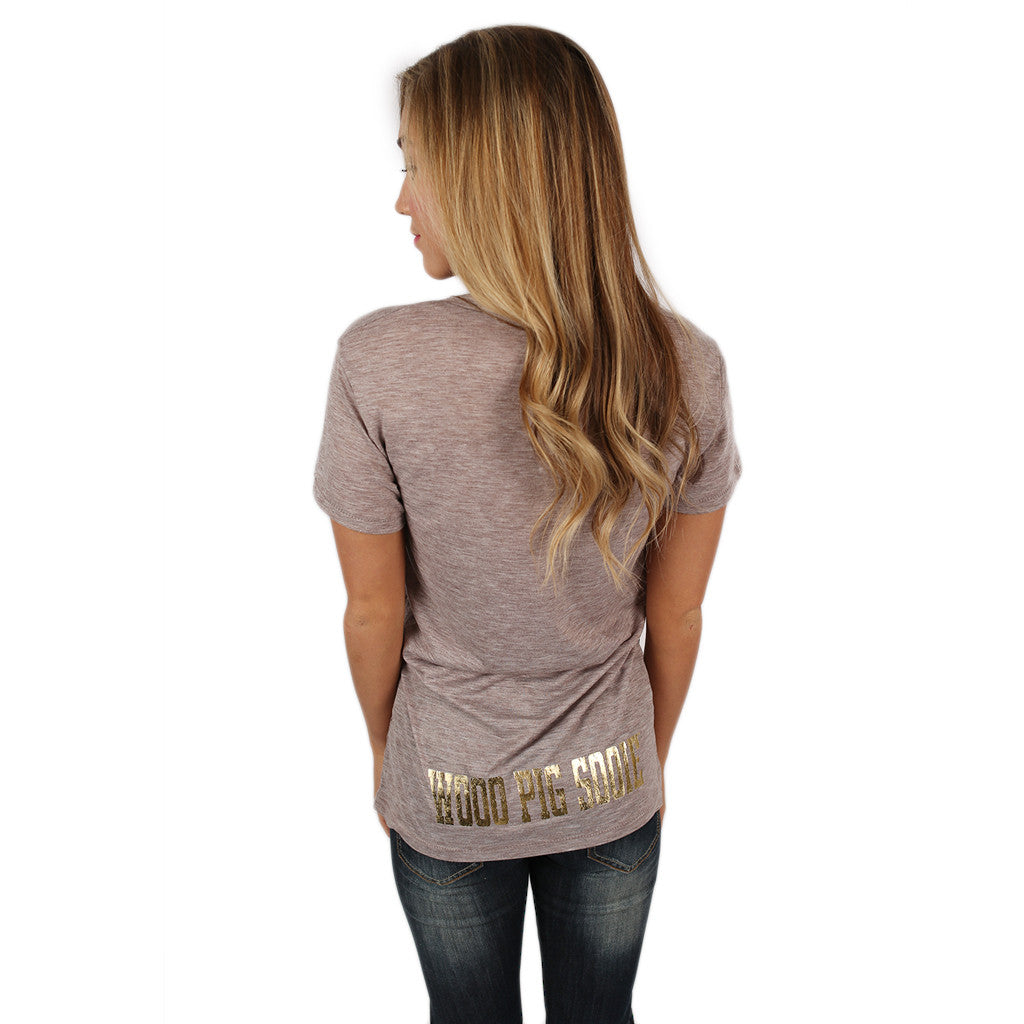 Kimber Tee in Taupe With Gold Razorback