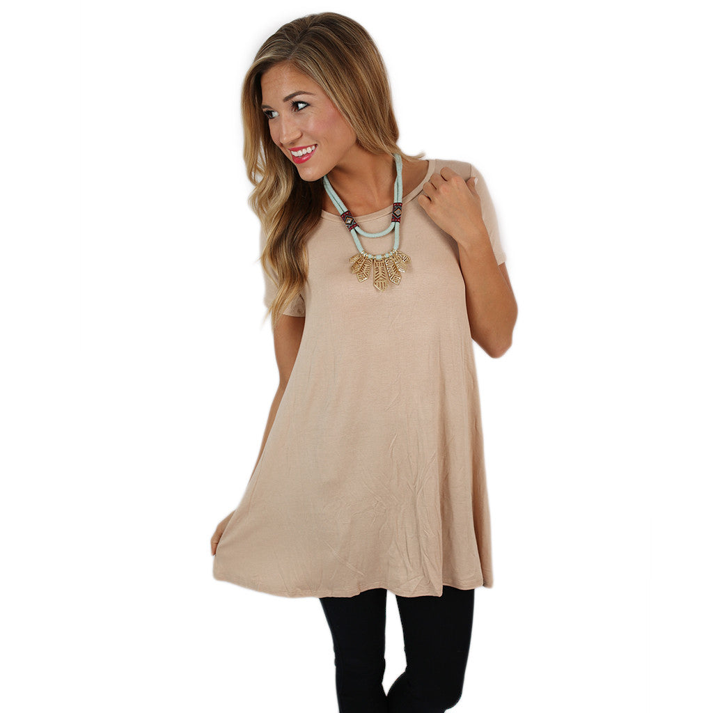 Daydreamer Tee in Taupe