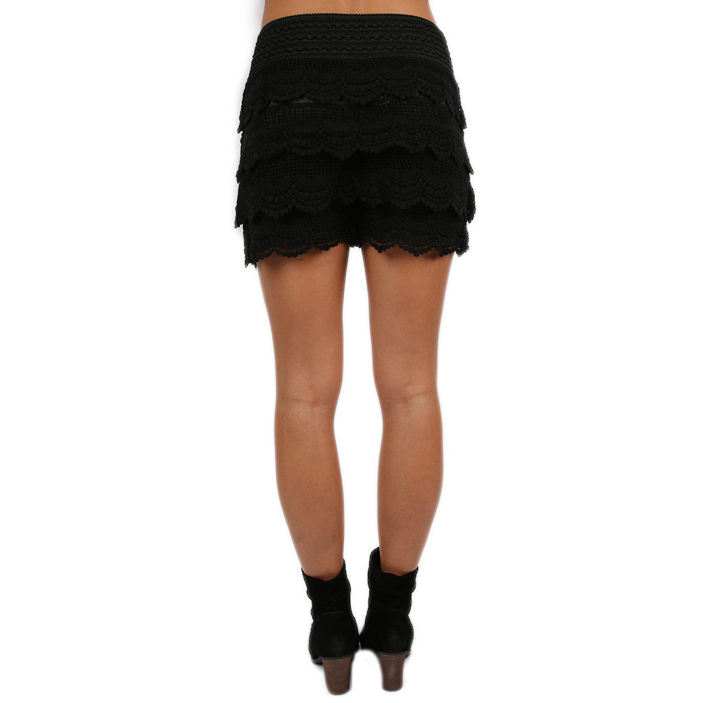 Front Row Cheers Shorts in Black