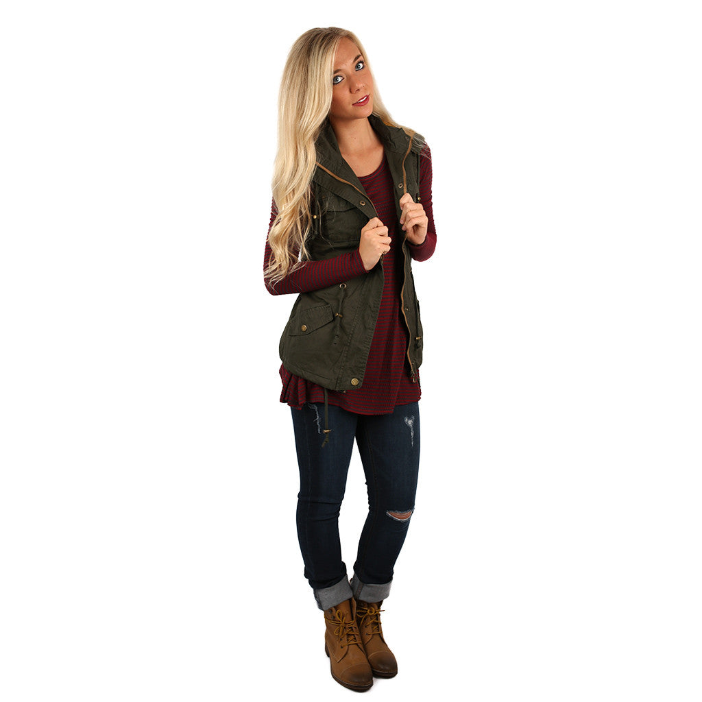Swiss Alps Vacay Vest in Olive