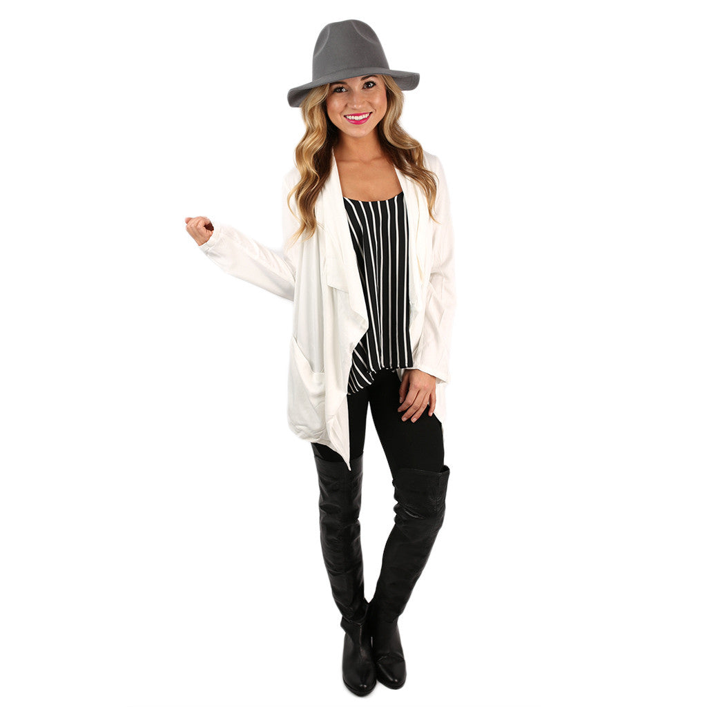 Single in the City Blazer White