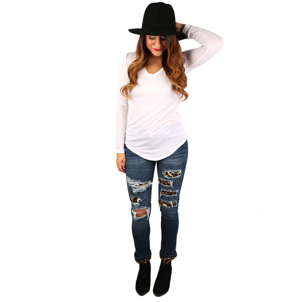 So Dreamy V-Neck Tee in White