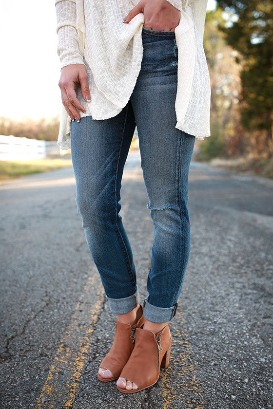 The Skinny Light Denim