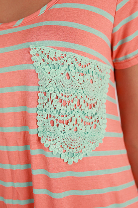 Lace Divine Pocket Tee Mint