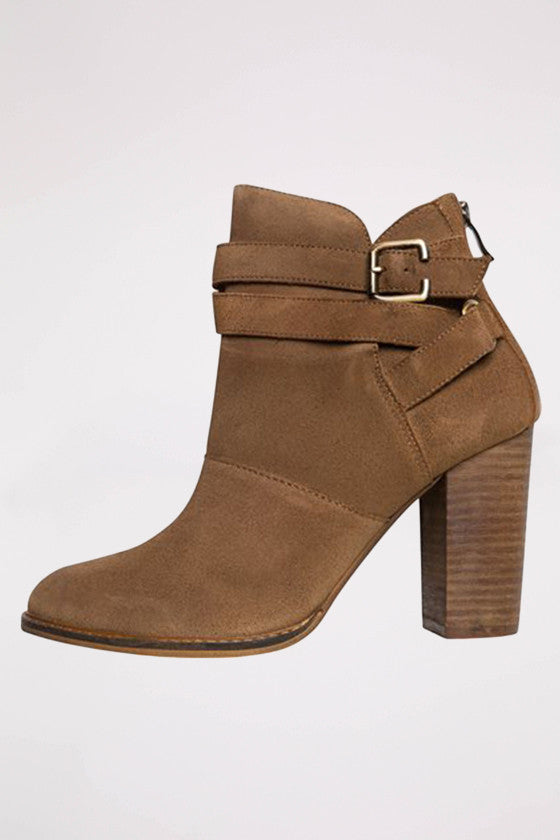 Zip It Bootie in Dark Camel