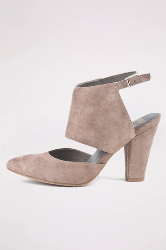 On the Sly Taupe