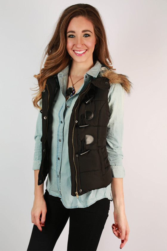 She's Super Chic Faux Fur Vest in Black