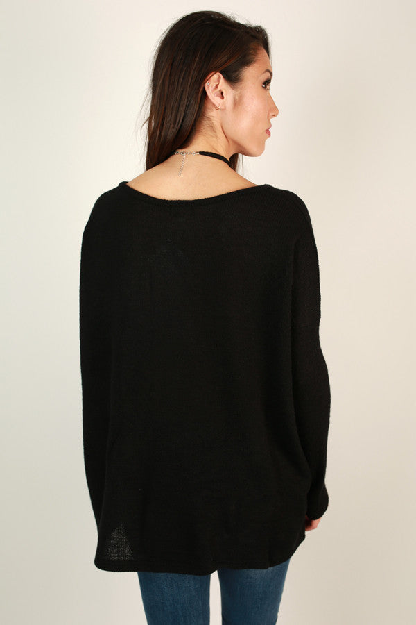 Piko V-Neck Sweater in Black