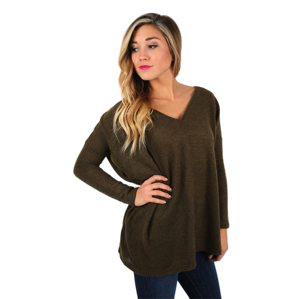 Piko V-Neck Sweater in Olive