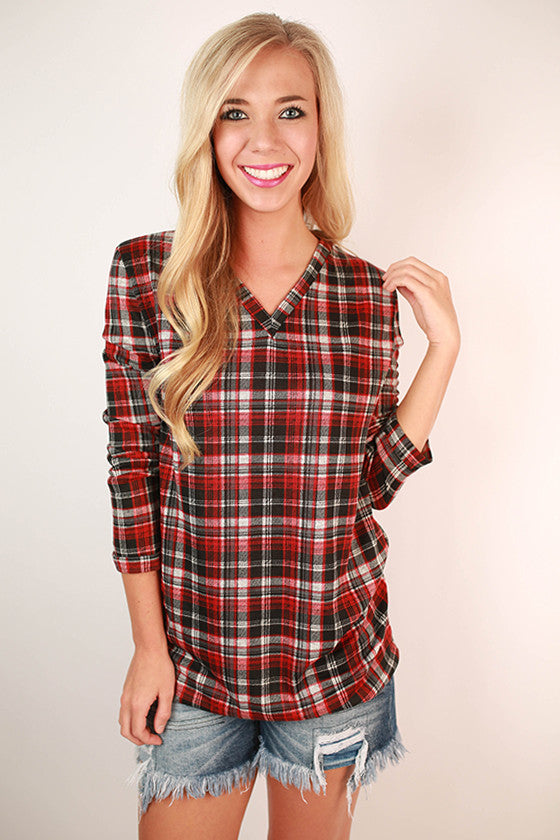 Piko V-Neck Plaid Tee