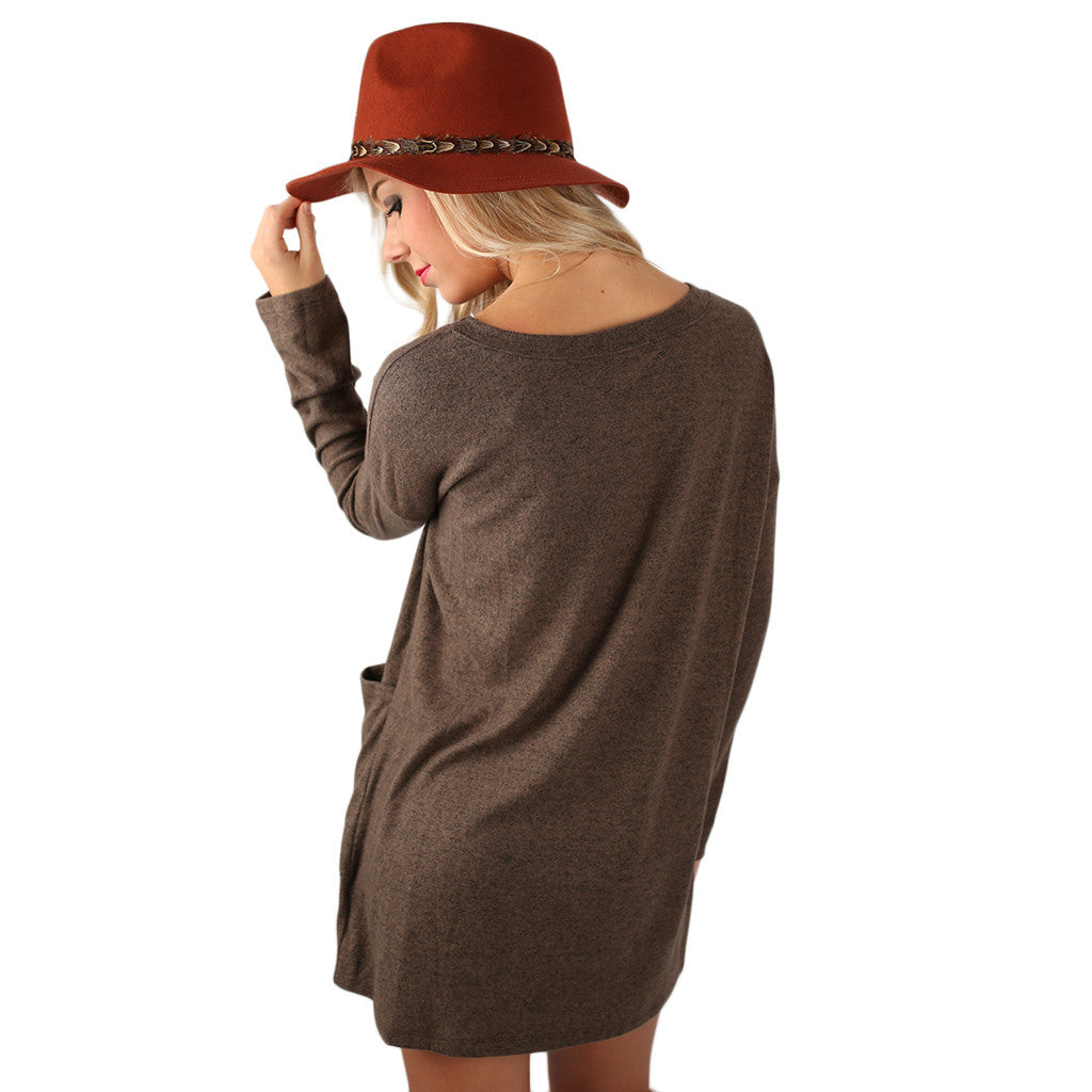 Pocket Full Of Cozy Tunic in Mocha