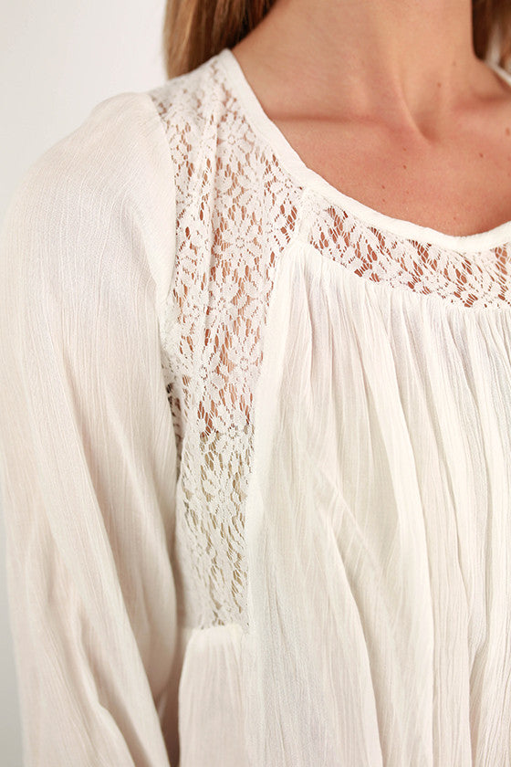 Tres Chic Top in Ivory