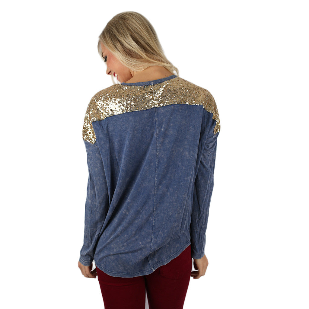 Watch Me While I Sparkle Tee in Blue