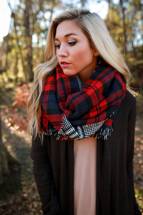 Cozy Luxury Blanket Scarf in Red