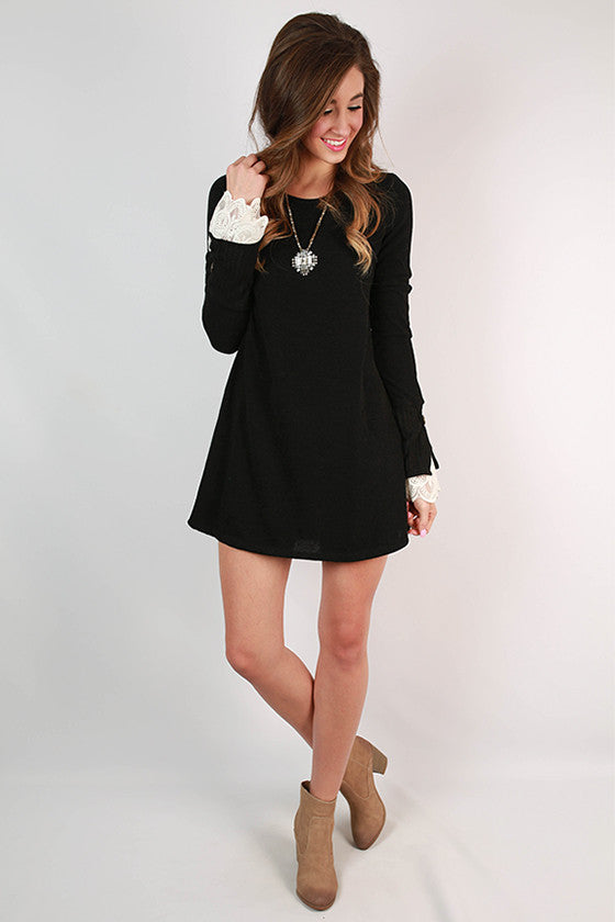 Queen B Dress in Black