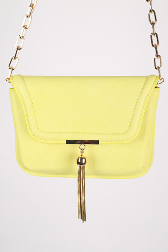 Oh So Chic Clutch in Lime