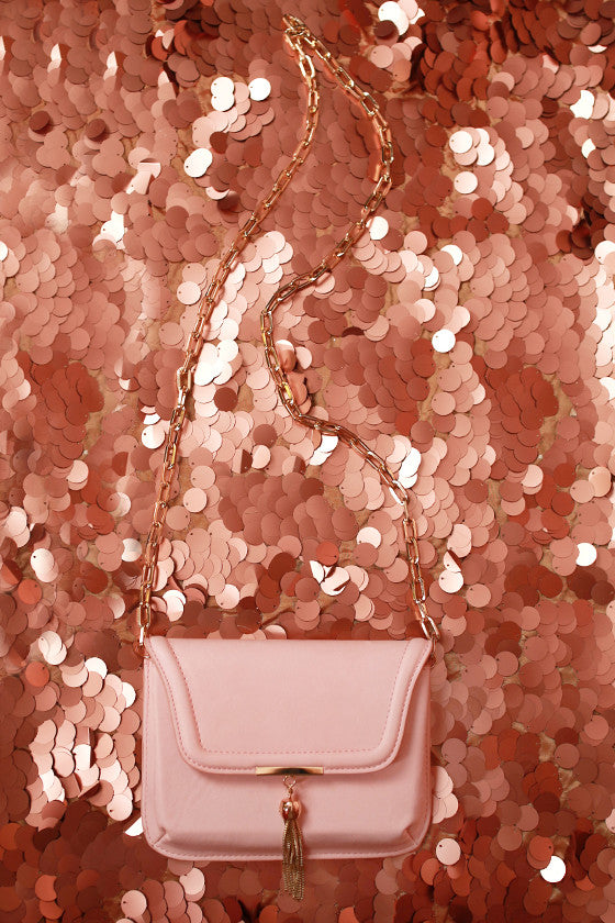 Oh So Chic Clutch in Blush