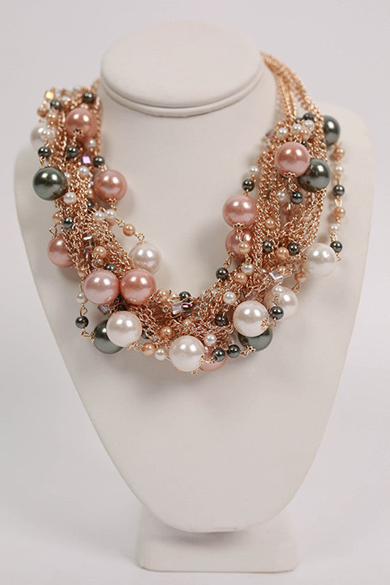 Mix Pearls Layer Necklace Multi