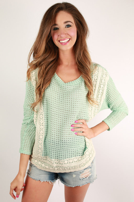 A Sunshine Day Top in Mint