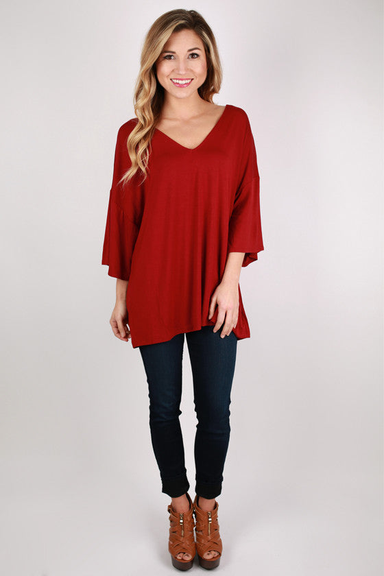 PIKO V-Neck Weekend Tee in Wine