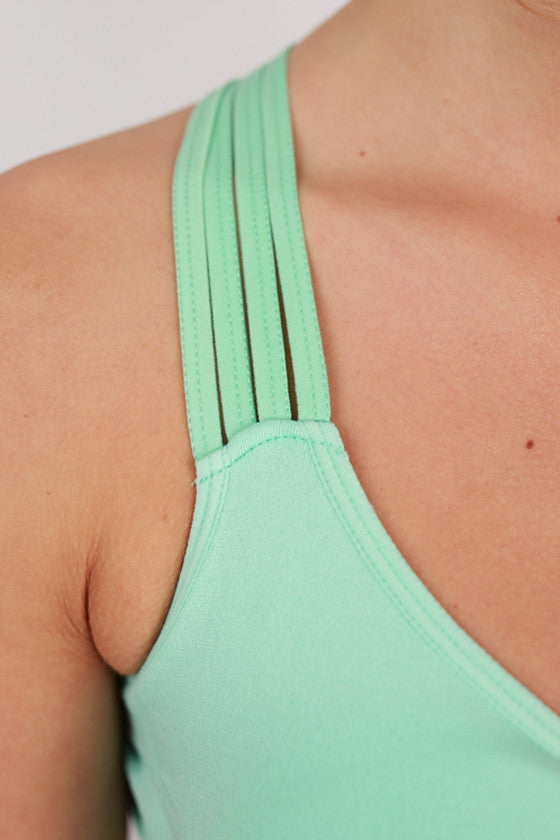 Criss Cross Active Bra in Mint