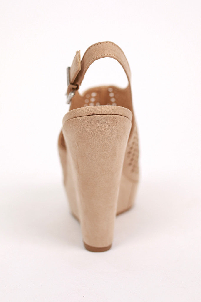 Meet Up Wedge in Beige