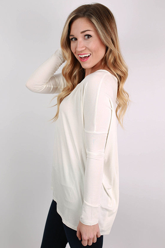 PIKO Loose Fit V-Neck Tee in Off White
