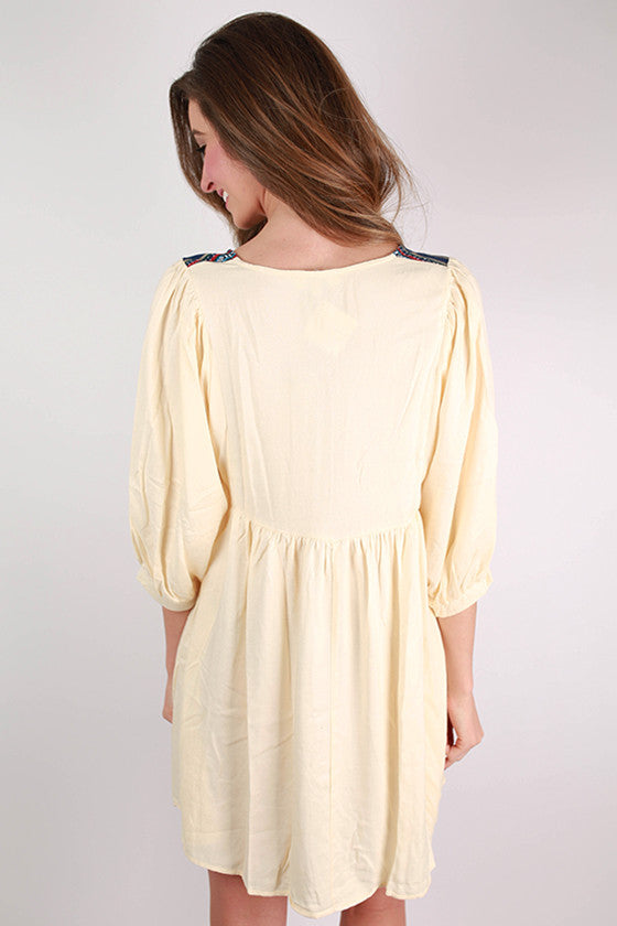 Stroll In Soho Dress in Cream