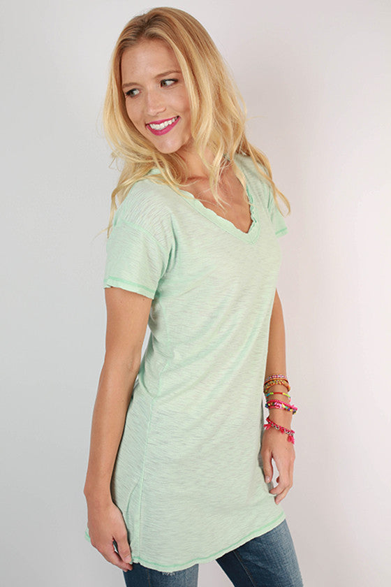 Keepsake Frayed V-Neck Tee in Mint