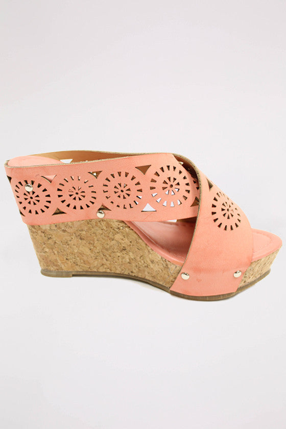 Feeling Beautiful Wedge in Coral