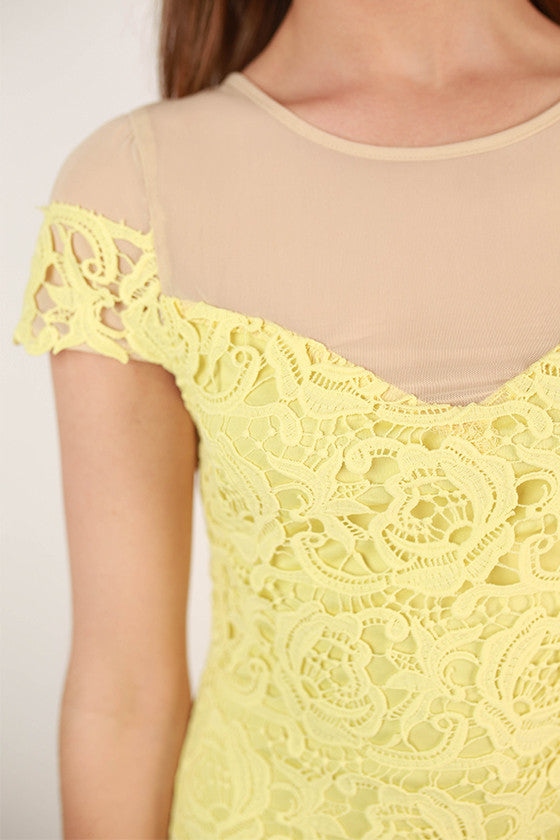 Every Move I Make Lace Dress in Yellow