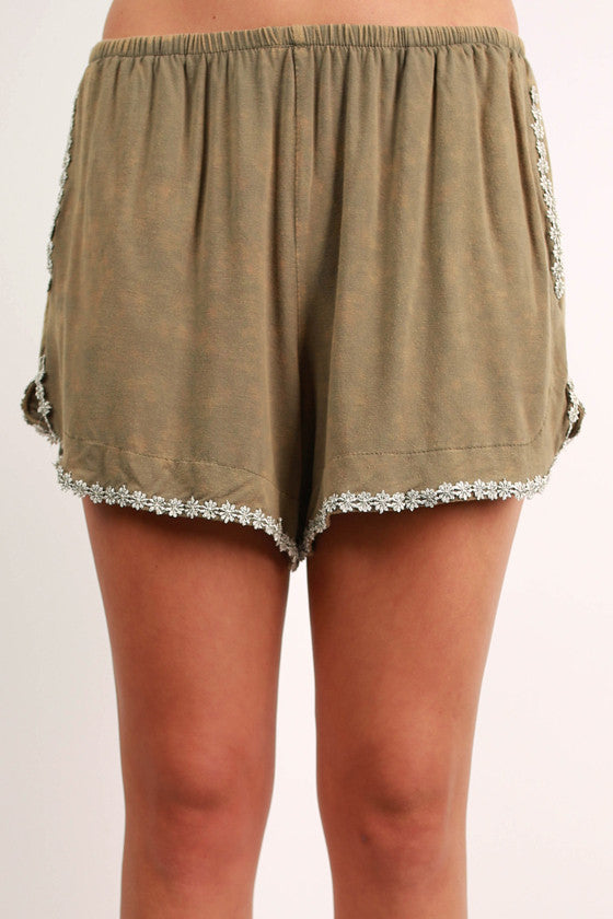 Vacay Dreaming Shorts in Olive