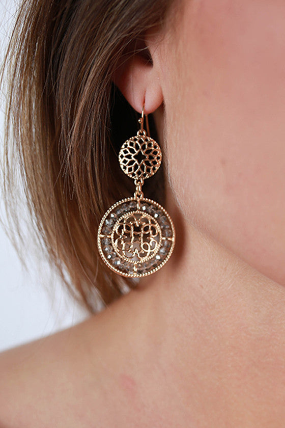 Glitz & Gold Earrings in Oatmeal