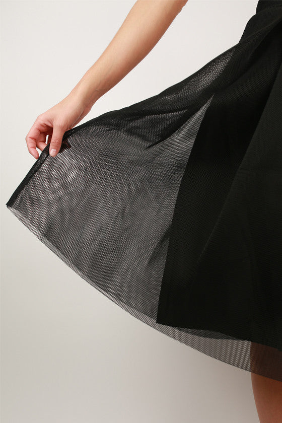 Ballet & Cabernet Skirt in Black