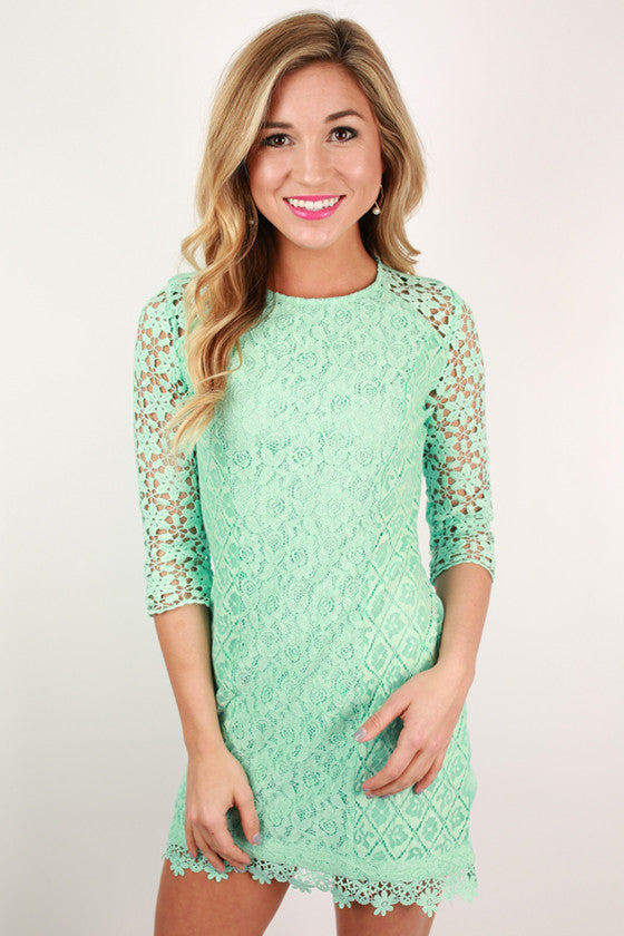 Crochet Kiss Dress in Mint