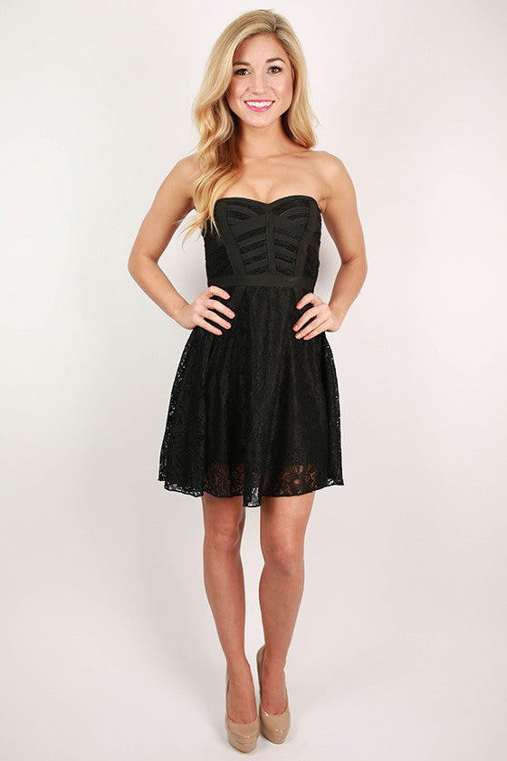 Venetian Nights Sweet Heart Lace Dress in Black